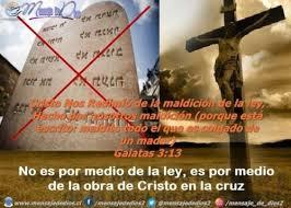 Resultado de imagen de cristo colgado en la cruz...