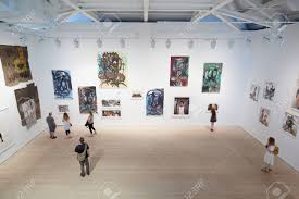 art exhibition at the saatchi gallery