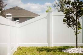 Vinyl Fence Hamilton Vinyl Privacy Fence 4ft To 6ft Transition Superior Fence Rail Inc