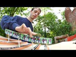 Mike Schneider fingerboard double-stairset session - YouTube