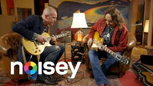 Ace Frehley of KISS: Guitar Moves - YouTube