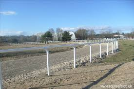 Racecourse Fencing For Horse Race Tracks Uk