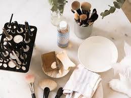 how to wash makeup brushes properly