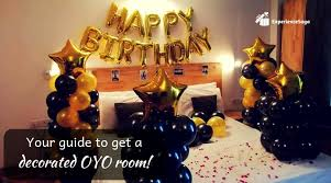 book oyo room with decoration for