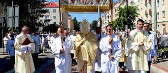Procesje Bożego Ciała przeszły ulicami Elbląga (+ zdjęcia)