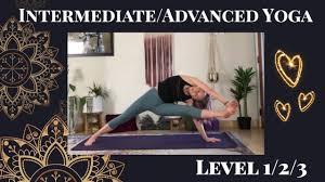 yoga flow vinyasa