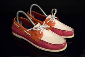 tommy hilfiger leather shoes womens
