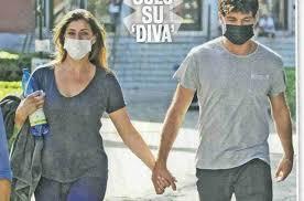 Elisa Isoardi e Raimondo Todaro mano nella mano: è amore? - Foto