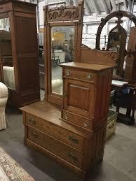 century vanity dresser w hat box