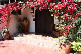 mexican tile at front entrance raisers