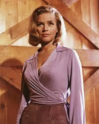 Honor Blackman dead: James Bond actress ...