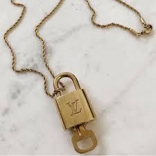louis vuitton jewelry lock key gold