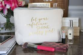 personalized makeup bag with cricut