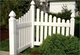 Rothbury Concave Picket Fence