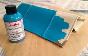 purse with acrylic leather paint