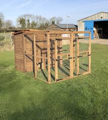 4wire Double Dog Kennel With Run Large Wooden Outdoor Walk In Puppy Shed Amazon Co Uk Pet Supplies