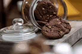 Manfaat Makan Coklat Almond