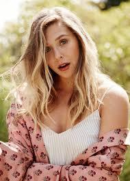 outdoor blonde actress wallpaper