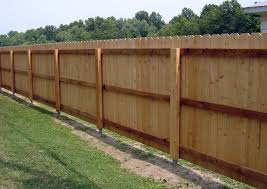 Dog Ear Privacy Fence With Postmaster Steel Fence Post System American Traditional Exterior Dallas By Master Halco Inc