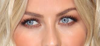 5 amazing makeup tips for blue eyes