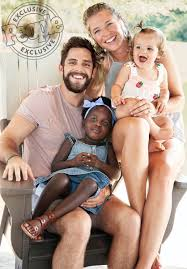 """Music News & Rumors on Twitter: """"Thomas Rhett and his beautiful family –  wife Lauren Akins and daughters Willa Gray and Ada James – appear in the  newest issue of People Magazine!"""