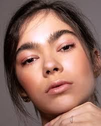 about naomi lake makeup artist hair