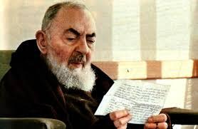 10 cosas que caracterizaron durante su vida al Padre Pio | Padre Sam