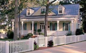 Selecting Home Fencing House Plans And More Cottage House Plans Country House Plans Cottage Homes