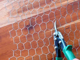 How To Cut Heavy Duty Chicken Wire Mesh