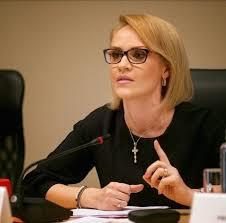 Gabriela Firea, mesaj de 1 Mai: Munca cinstită este calea cea mai ...