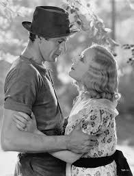 Gary Cooper and Marion Davies in Operator 13 (Richard Boleslawski, 1934) |  Marion davies, Gary cooper, Bachelor father