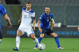 The dominos are reportedly falling, and Edin Dzeko might be coming to Juve  after all - Black & White & Read All Over