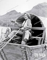 Jean Arthur Characters: Phoebe Titus Film: Arizona (USA 1940) Director: Wesley  Ruggles 15 November..., Stock Photo, Picture And Rights Managed Image. Pic.  MEV-12031100 | agefotostock