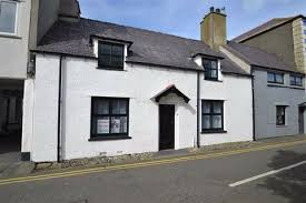 search cotes in north wales