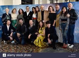 Presentazione del film A Casa Tutti Bene Il Cast Stock Photo - Alamy
