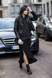 picture of black shirt maxi skirt