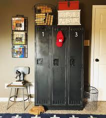 Old Lockers Are Perfect In A Boys Room Decoratingkidsroomsboysapartmenttherapy Boys Room Diy Boy S Room Kids Room Design Girls