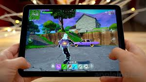 run the fortnite at 120 frames per second