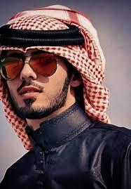 صور رجال الخليج الرجل الخليجي في قمه الشياكه فنجان قهوة