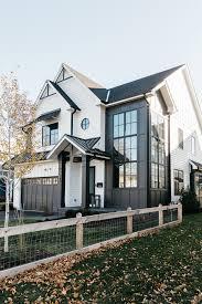 Black And White Modern Farmhouse Exterior Home Bunch Interior Design Ideas