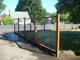 Wood Frame Hog Panel Fence For The Pool Area Fence Good Looking And Functional Backyard Fences Cheap Fence Wire Fence