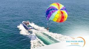 parasailing in tanjung benoa bali