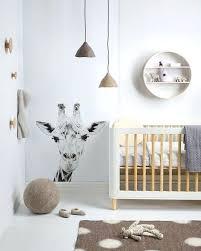 Animal Themed Kids Room Animal Themed Simple Nursery Decor Gender Neutral Baby Room Color Ideas Anima Quarto De Rapaz Ideias Para Quarto De Bebe Decoracao Sala
