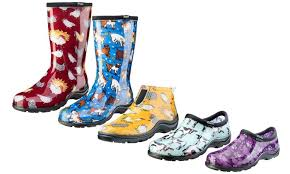 garden shoes or boots
