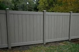 60 Best Vinyl Fencing Ideas A Brief Guide Enjoy Your Time Pvc Fence Vinyl Fence Fence