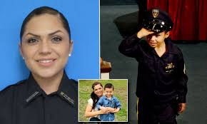 Son Of Tennessee Cop Rosemary Vela Who Died In Car Crash Says Goodbye Daily Mail Online