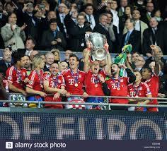 Il 2013 la finale di UEFA Champions League allo Stadio di Wembley tra FC Bayern  Monaco e Borussia Dortmund offre: FC Bayern Mun Foto stock - Alamy