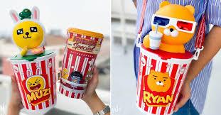 Major Cineplex Thailand Has Kakao Friends Merch