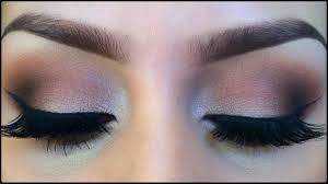 dark eye makeup cat eye makeup