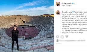 """Diodato canta """"Fai rumore"""" nell'Arena di Verona deserta per l ..."""